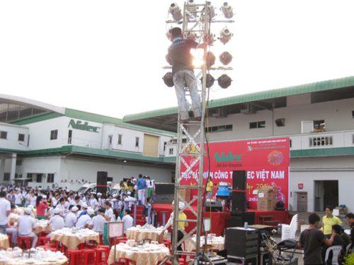 Dịch vụ cho thuê âm thanh ánh sáng tại TPHCM Cho thuê âm thanh ánh sáng chất lượng tại TPHCM